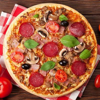 PEPPERONI, NAPKIN, TOMATOES, BASIL, DOUGH, PIZZA, MUSHROOMS, OLIVE, CHEESE, HAM, MEAL