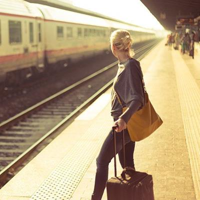 STATION, RAILS, PLATFORM, TRAIN, WOMAN, SLEEPERS, PASSENGER, CARRIAGES, SUITCASE