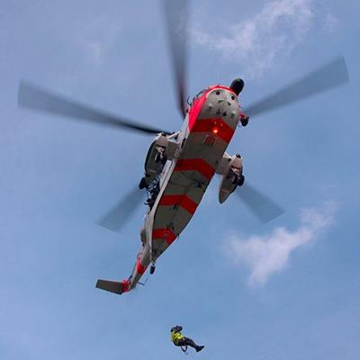 HELICOPTER, CASUALTY, WINCHMAN, ROTOR, CHOPPER, FLYING, HOVERING, RESCUE, CABLE