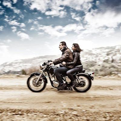RIDER, LEATHERS, WHEELS, ROAD, MOTORCYCLE, BIKERS, PILLION, DESERT, TRANSPORT