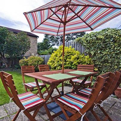 FURNITURE, LAWN, CUSHIONS, STRIPES, FENCE, GARDEN, CHAIRS, TABLE, PARASOL, PATIO, ROOF