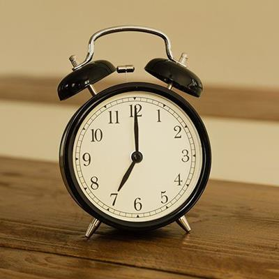 ALARMCLOCK, FEET, MINUTES, WOOD, BELLS, NUMBERS, HOURS, TIMER, VINTAGE, FACE, BLACK