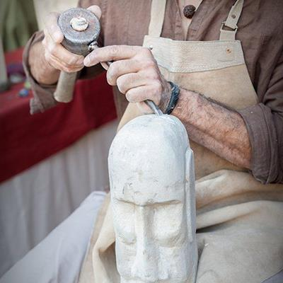 MASON, CRAFTSMAN, CHISEL, ARTISAN, SCULPTOR, CARVING, MALLET, STONE, TOOLS, FACE