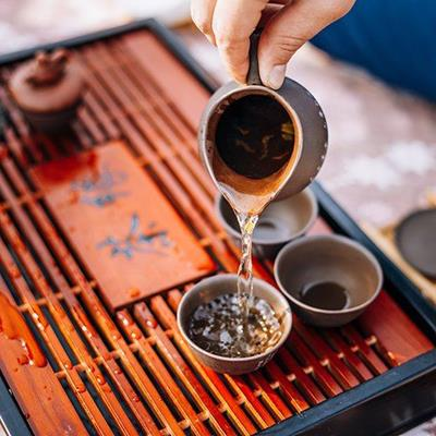 CEREMONY, DRINK, GREENTEA, POUR, ASIAN, BOWLS, EARTHENWARE, CERAMIC, TRAY, WOODEN