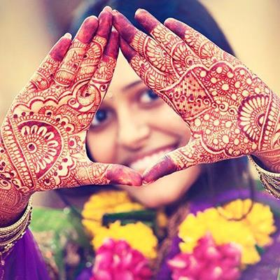DESIGN, ASIAN, CUSTOM, SARI, WEDDING, BEAUTY, INDIA, HENNA, HANDS, TRADITION, SMILE, PALMS