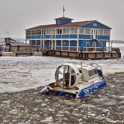 HOVERCRAFT, FROZEN, PROPELLER, TRANSPORT, CROSSING, ICY, RIVER, WINTER, ENGINE