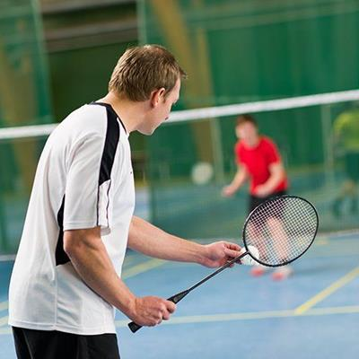 BADMINTON, RACKET, OPPONENT, SCORE, NET, SHUTTLECOCK, PLAY, MATCH, RALLY, POINT, LINES