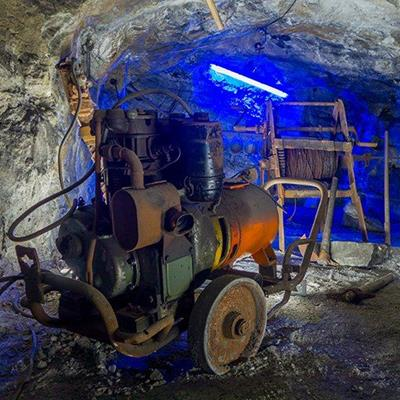 UNDERGROUND, MINE, MACHINE, TUNNEL, CAVERN, ROCK, EXCAVATE, ENGINE, WORK, BLUE, HANDLE, PIPE