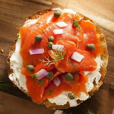 CREAMCHEESE, RAWONION, DILL, TOASTED, GARNISH, FILLING, BAGEL, SALMON, CAPERS, LUNCH, SPREAD