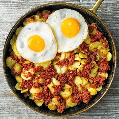 HASH, BREAKFAST, HANDLE, SKILLET, FOOD, CORNEDBEEF, EGGS, FRYINGPAN, POTATOES, FRIED